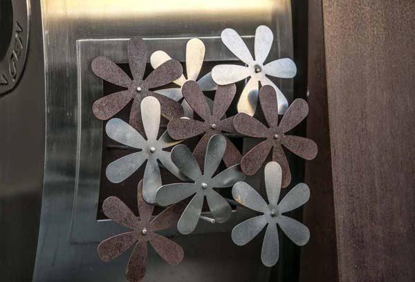 decorazione giardino a fiore in corten e acciaio inox