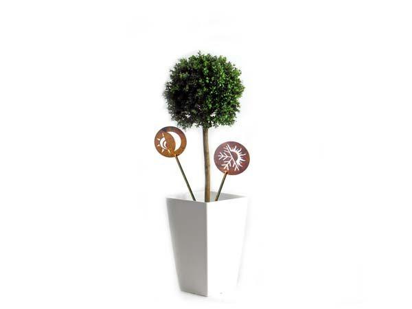 ornamenti-decorazioni giardino con stelo in corten3