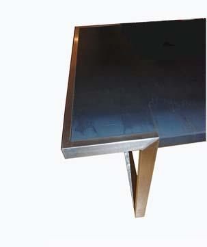 particolare tavolo in ferro 1