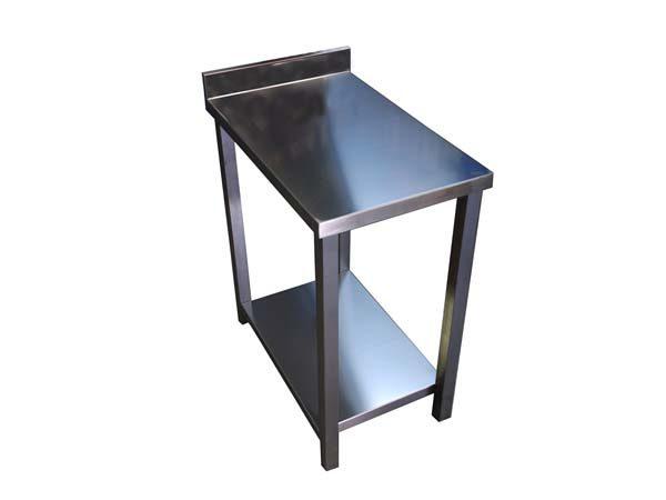 tavolo in acciaio inox 1