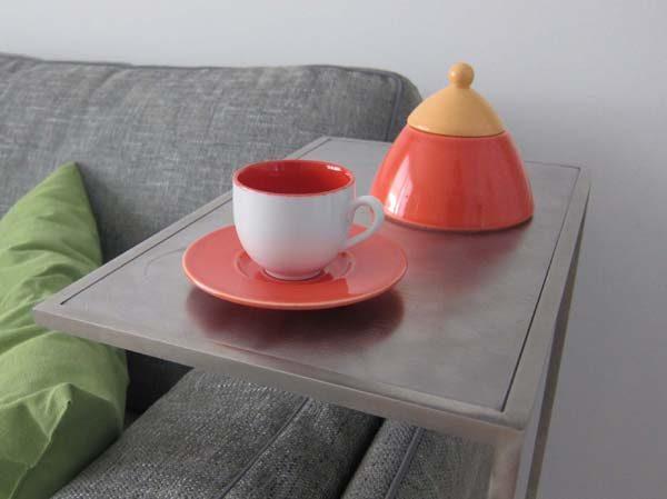 Tavolino su misura per divano in acciaio inox